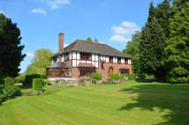 4 bed Detached property in Wyndbrow...