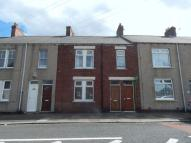 2 bed Flat to rent in Hodgsons Road, Blyth