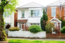 3 bed property for sale in Castlemain Avenue...