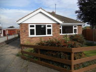 2 bed Detached Bungalow in Pilgrims Close...