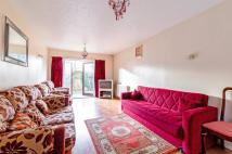 4 bed Detached home in President Drive, Wapping...