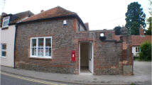 property to rent in 8a Castle Street, Wallingford, Oxon OX10 8DL