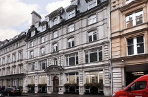 property to rent in Lloyd'S Avenue, London, EC3N