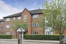 Flat for sale in Peartree Avenue, London...