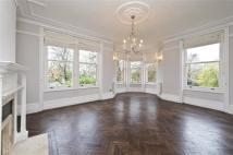 4 bedroom Flat in Riverview Mansions...