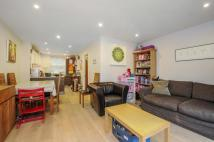 4 bed home to rent in Archway Road Highgate N6