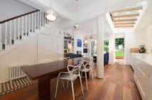 4 bed home in Heathville Road Archway...