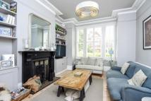 4 bedroom property to rent in Dresden Road Whitehall...
