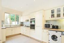 4 bed property in Fitzwarren Gardens...