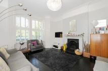 4 bed house in Trinder Road Archway N19