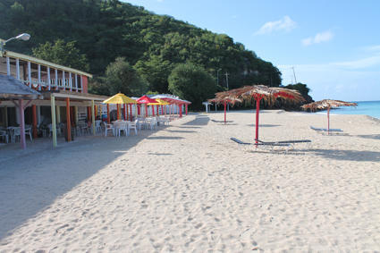 Darkwood beach bar
