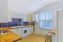 Maisonette to rent in Alexandra Road, Croydon...