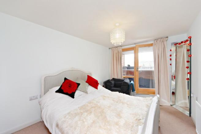 Rightmove  Bed Room Marsh Way