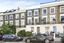 2 bedroom Flat in Albert Street, London...