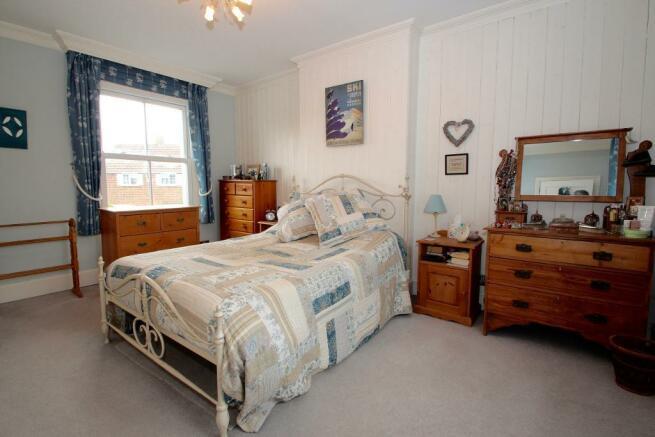 Dual aspect Bedroom 1