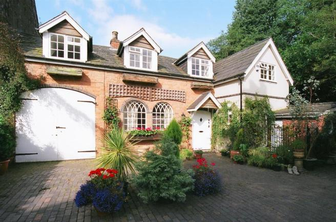 Shenstone Cottage.jp