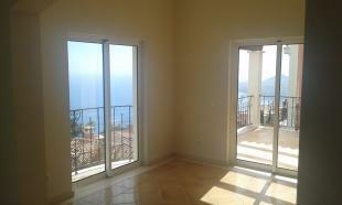 Living area/Terrace