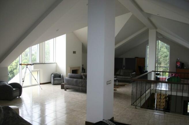 Open-plan attic