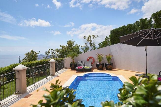 Private pool terrace