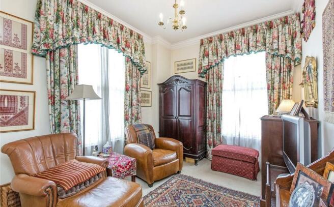 Bedroom 2/ Tv Room