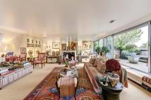 3 bedroom Flat for sale in Warwick Square, Pimlico...