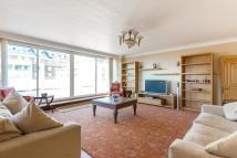 Penthouse for sale in Avenue Road, London, NW8