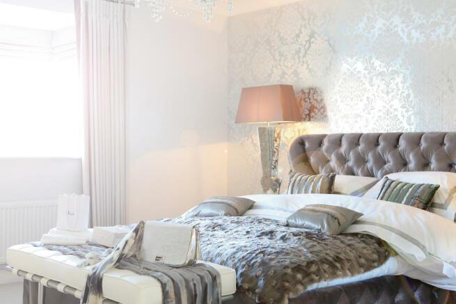 Harrington_bedroom_2