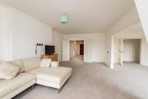 5 bed Apartment to rent in PARK ROAD...