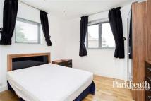 2 bed Flat in Talacre Road...