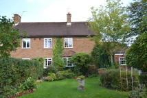4 bed semi detached home for sale in New Road, Radlett