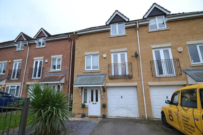 3 bedroom town house for sale in wordsworth gardens