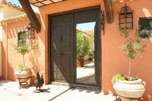 doors to courtyard