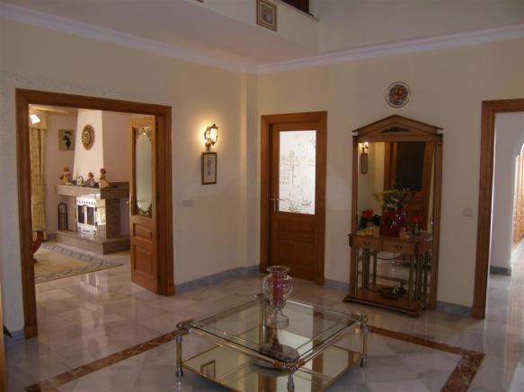 reception hall (2)