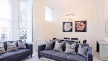 2 bed Flat in Lexham Gardens...