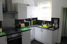 3 bedroom Terraced property in WHELDRAKE ROAD...