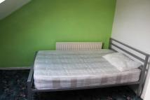 Flat to rent in CROOKES, Sheffield, S10