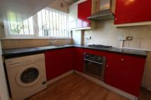 2 bed property to rent in Walpole Road...