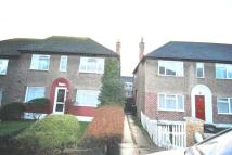 2 bed Maisonette to rent in Uphill Drive, Kingsbury...