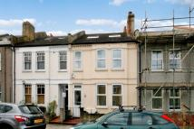 2 bed Terraced property in Garratt Terrace, Tooting