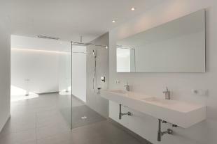 interior and bathroo