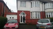 3 bed semi detached property to rent in Gipsy Lane, Willenhall...