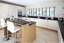 4 bedroom new house for sale in Broadway Road, Evesham...