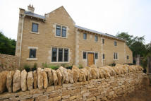 5 bed new property in School Lane, Weldon