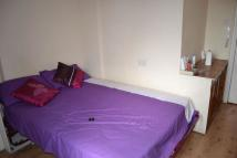 1 bed Flat to rent in Camden High Street