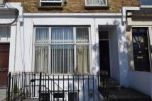 Flat in Warwick Road W14