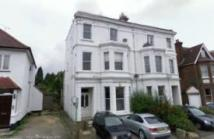 Flat to rent in Green Lanes N13
