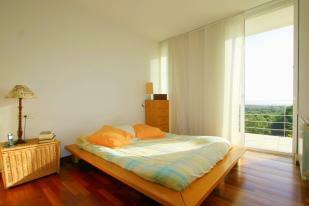 4 bedroom, 3 bedroom