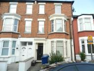 Flat to rent in Bellevue Road, London N11