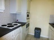 Flat to rent in Larch Close