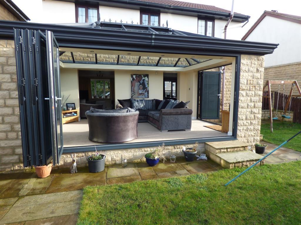 3 bedroom detached house for sale - Sunnybank Road, Mirfield, WF14 0NL